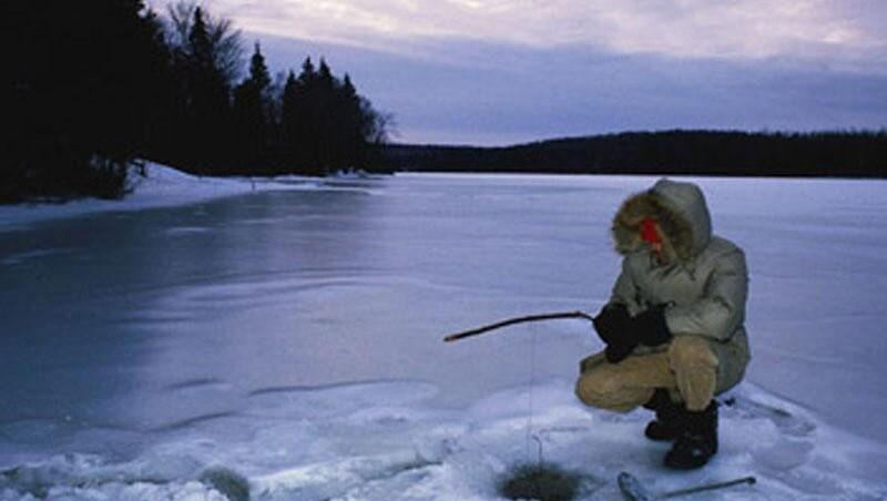 Чем интересна подледная рыбалка?